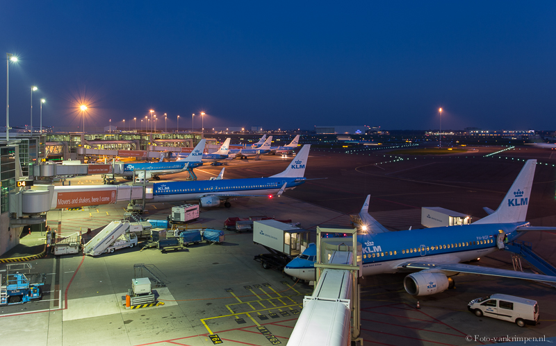 Schiphol at night